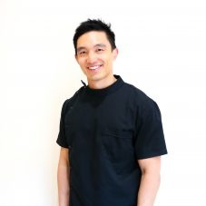 Dr Richard Zhou for cosmetic dentist in Sydney